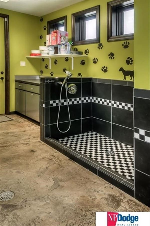 40 Easy Dog Wash Area Ideas 31