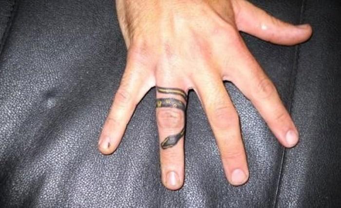 snake tattoo (13)