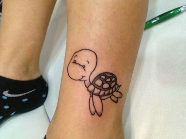 Simple and Small Sea Turtle Tattoos Design