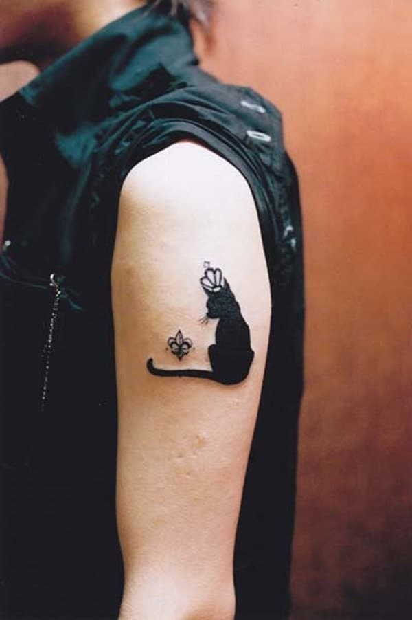 40 Excellent Cat Tattoo Designs and Inspirations3