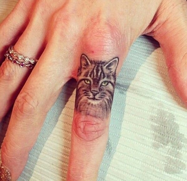 40 Excellent Cat Tattoo Designs and Inspirations4
