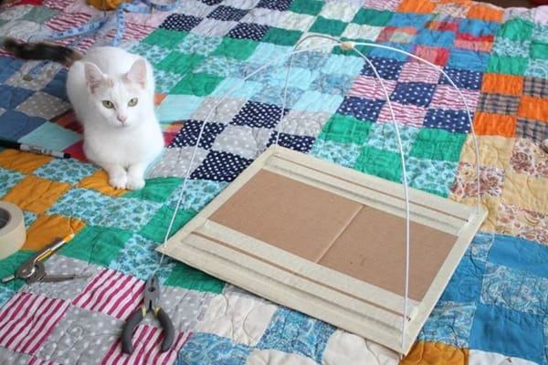 How to Make DIY Cat Tents 3a