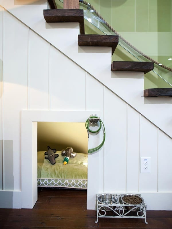 Great Ideas of Dog House Under Staircase 14
