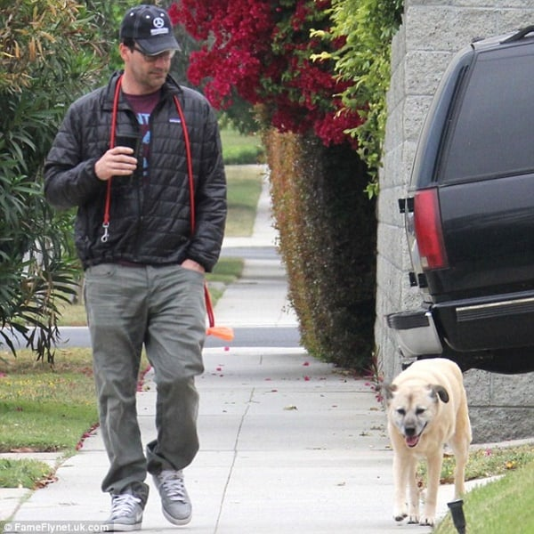 15 Celebrities with Rescue Dogs 5