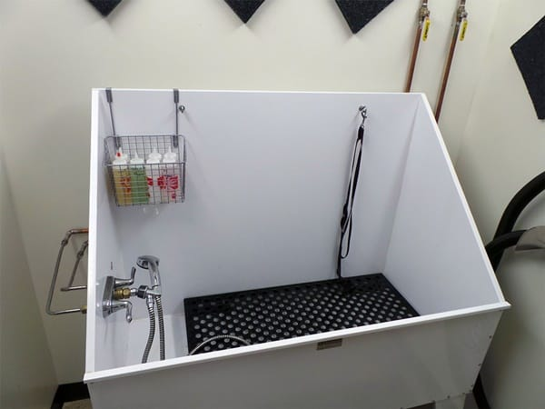 40 Easy Dog Wash Area Ideas 39